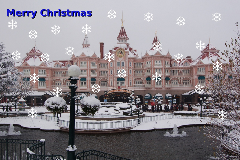 Christmas picture 2010 - Disneyland Paris in snow