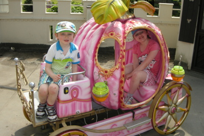 Princess carriage at Gullivers Land