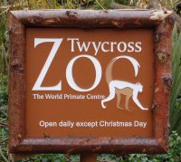 http://www.daysoutdiary.co.uk/files/images/daysout/twycross_sign1.jpg