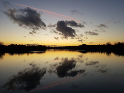 Sunset on Earlswood Lakes